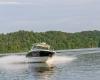 Sea Ray SLX 350 25