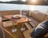 Sea Ray Sundyncer 350 Coupe 15