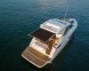 Sea Ray Sundyncer 350 Coupe 2