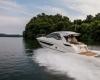 Sea Ray Sundyncer 350 Coupe 21