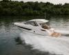 Sea Ray Sundyncer 350 Coupe 24